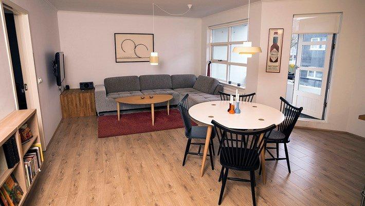 Great Central Apartment - Image 1 - Reykjavik - rentals