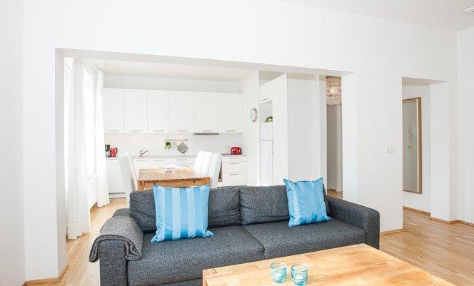 Hverfisgata Superior 2 bdrm apartment - Image 1 - Reykjavik - rentals