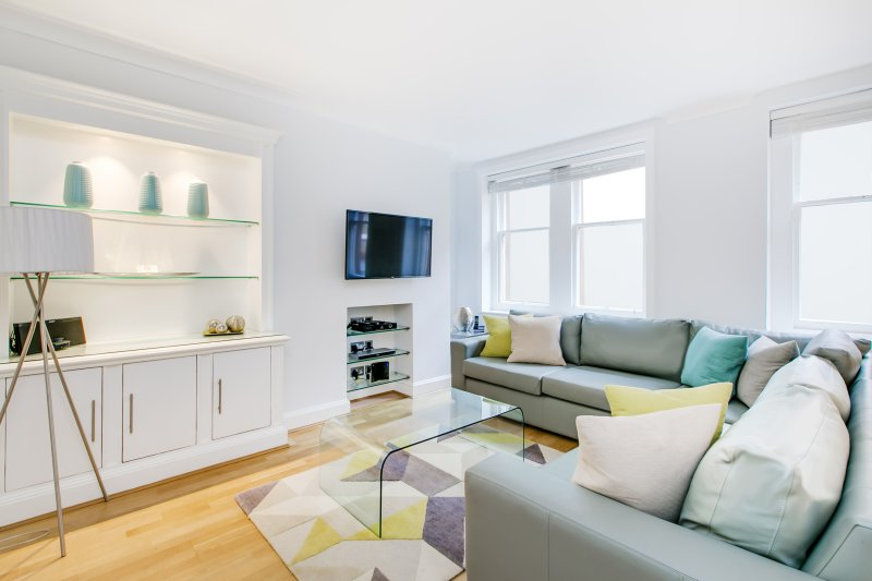 Globe Apartments - Chiltern Street - 2 Bedroom - Image 1 - London - rentals