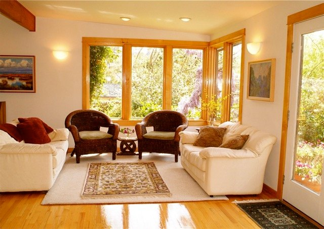 Casually Elegant and Cozy Home by Redwoods - Image 1 - Arcata - rentals
