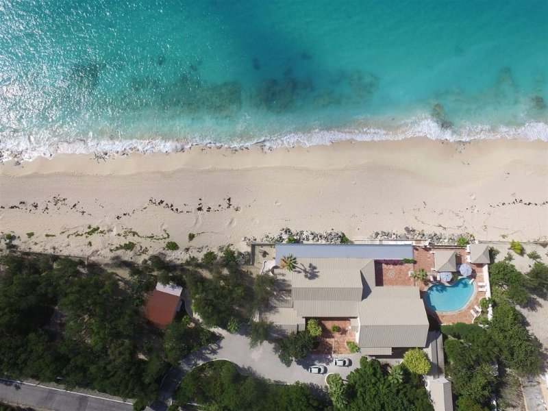 Les Trois Jours at Terres Basses, Saint Maarten - Beachfront, Pool, Perfect For - Image 1 - Terres Basses - rentals