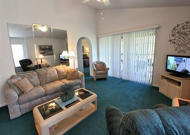 Sunset Penthouse - Sunset Penthouse- 2 Bedroom/2 Bath Condo with King Size Beds at Holiday Hills - Branson - rentals