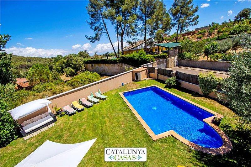 Five-bedroom villa in Can Vinyals, nestled in the hills between Barcelona and - Image 1 - Sentmenat - rentals