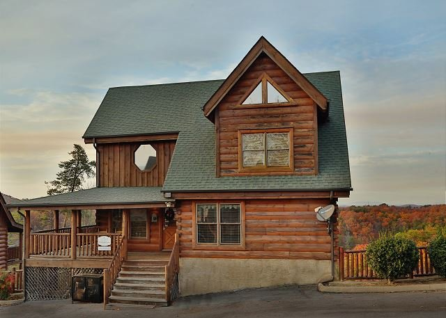 Cabin - Beautiful View a 4BR cabin, Bumper Pool, Chess Set, Private Wrap-Around Deck - Sevierville - rentals