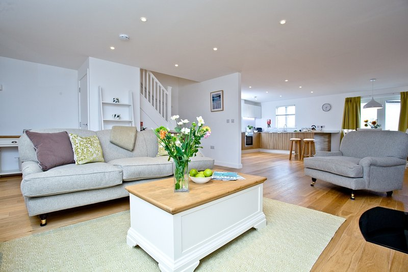 Una Stannum 73 located in St Ives, Cornwall - Image 1 - Saint Ives - rentals