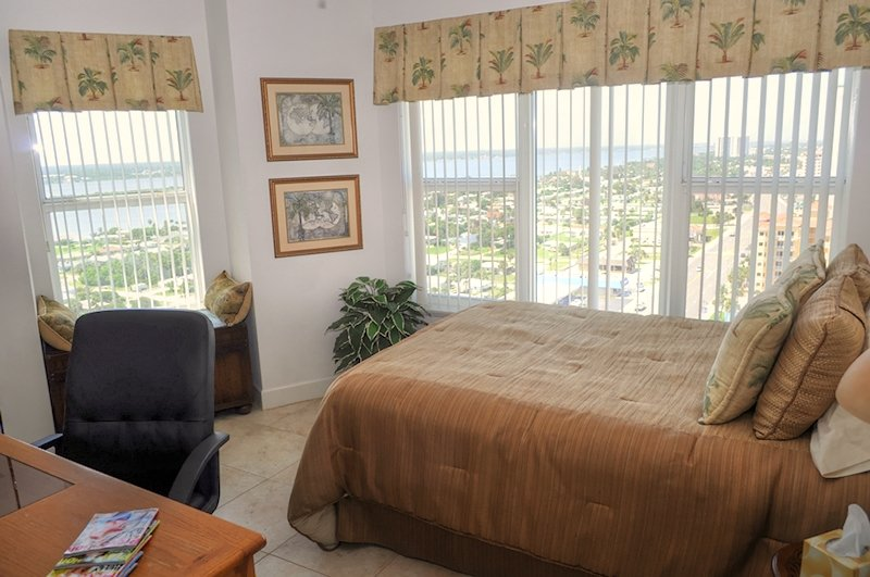 Summer Special - Towers Ten 1901 - Oceanfront 3Bed/3Bath Condo - Image 1 - Daytona Beach - rentals