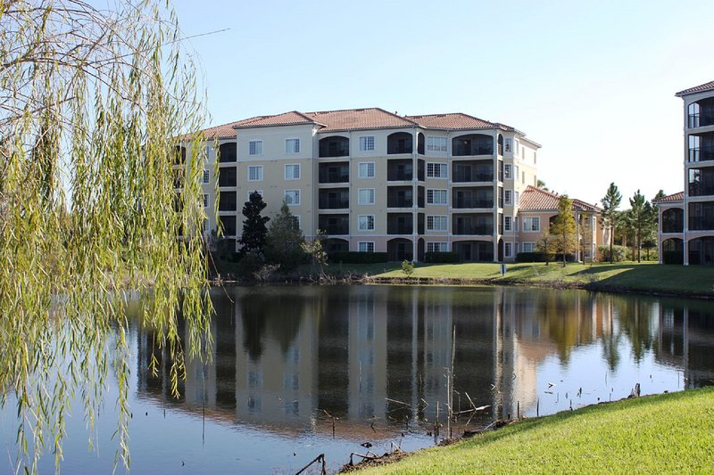 Building in Woodland Setting - 3Bed Condo - WQRrentals - No Pool Access - Disney 1Mile - From $89 - Orlando - rentals