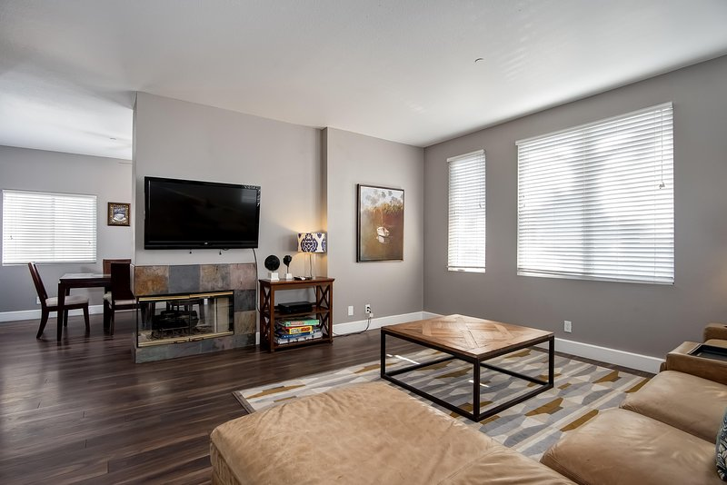 Large modern living room with big flat screen HD TV - April-May Special $149/night! Holidays excluded. Modern condo near Trestles surf spots! - San Clemente - rentals