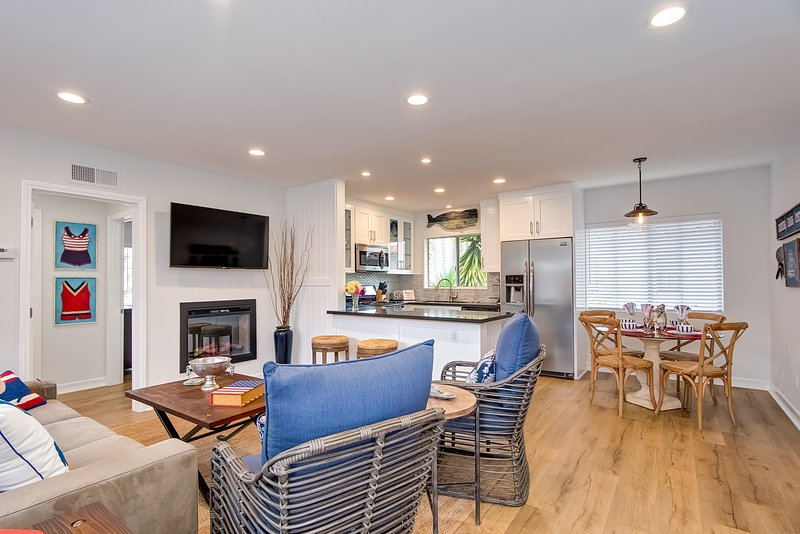 Welcome to your coastal Hideaway in San Clemente! - Beachy Hideaway 4 houses to beach access in San Clemente! - San Clemente - rentals