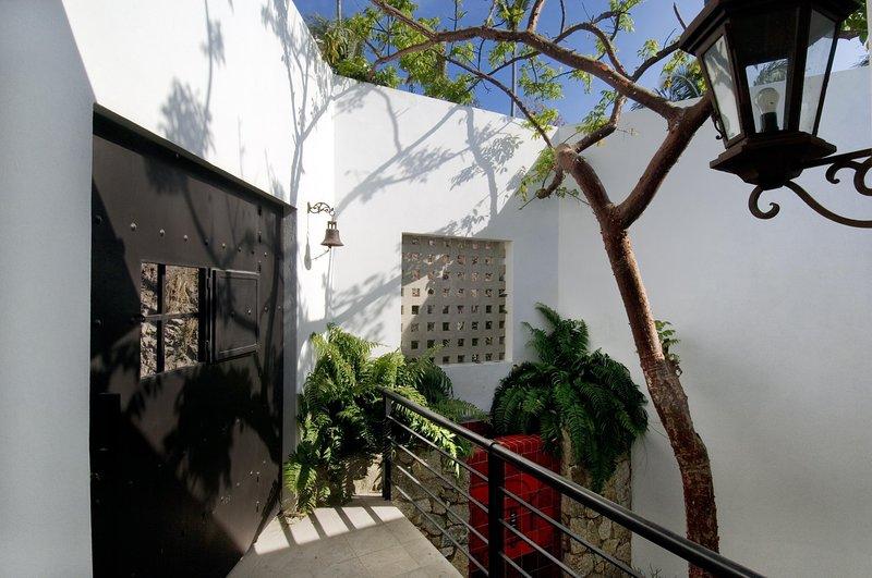 Fully Staffed Villa with Modern Mexican Design - Image 1 - Puerto Vallarta - rentals