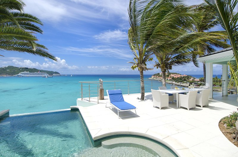 El Sueño - Ideal for Couples and Families, Beautiful Pool and Beach - Image 1 - Sint Maarten - rentals
