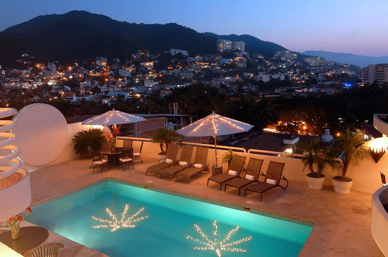 Located a short walk to the popular Romantic Zone in Puerto Vallarta and Los Muertos Beach - Image 1 - Puerto Vallarta - rentals