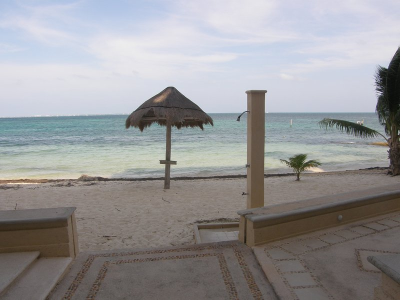 Photo taken at the complex from the first floor. - GREAT PRICE!-2 bedroom condo on the beach - Cancun - rentals