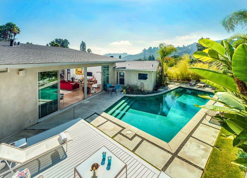 Lilypool, Sleeps 6 - Image 1 - Hollywood - rentals