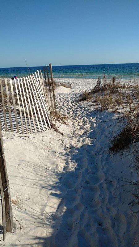 Our white sandy Beach and Emerald water! - Best kept secret in Destin! - Miramar Beach - rentals