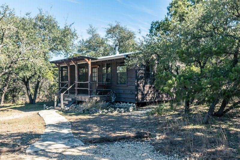 Little Cabin in the Woods - Little cabin in the woods with private hot tub - Wimberley - rentals