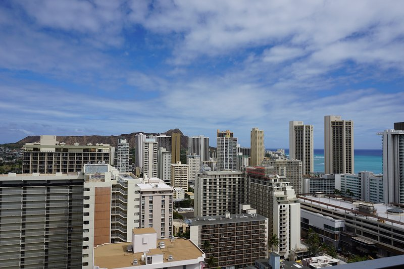 View from the balcony - Waikiki Condo w/Large Lanai Ocean View! Free WiFi! - Waikiki - rentals