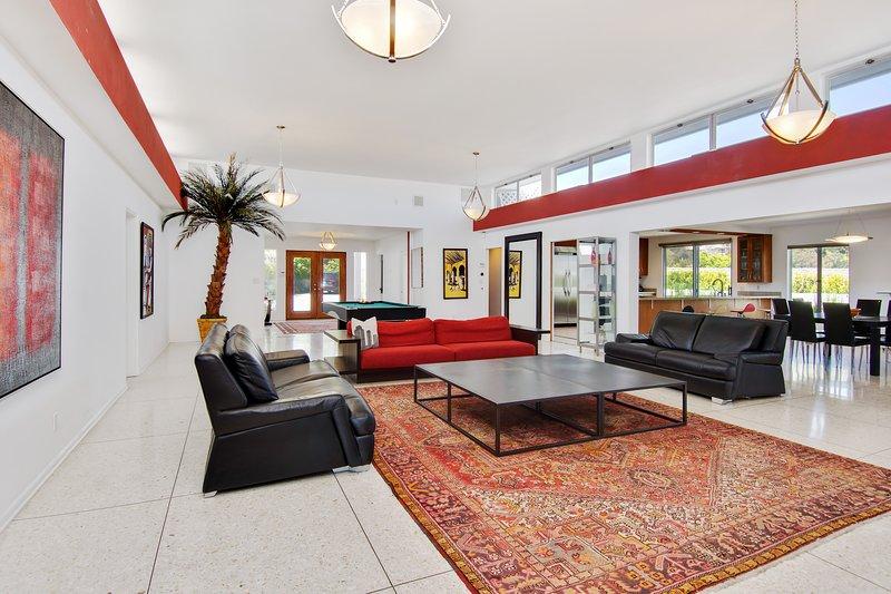 Modern BelAir House Featuring 360 Terrace LA View - Image 1 - Los Angeles - rentals