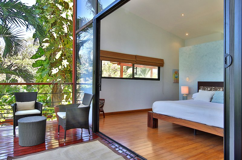 Master with Walkout to Deck with Day Bed and Seating Area - Monkeys Parrots Lush Tropical Paradise. Delfin - Playa Flamingo - rentals