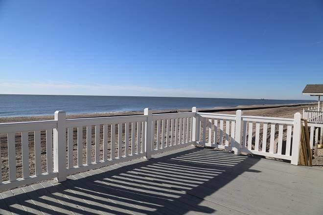 """122 Palmetto Blvd - """"Our Place"""" - Image 1 - Edisto Beach - rentals"""