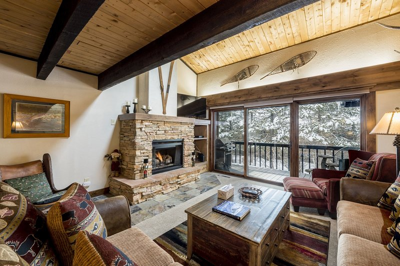 Herbage C-4 - 3 BR Townhome - Discount Lift Tix - Image 1 - Steamboat Springs - rentals