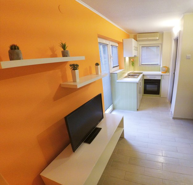 Studio apartment in center of Split - Image 1 - Split - rentals