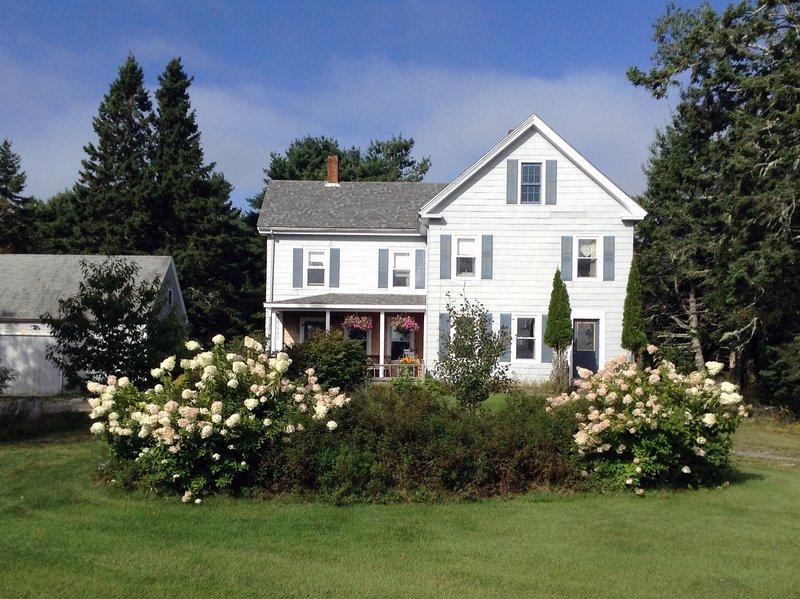 Farmhouse from front - 1890's Farmhouse near Acadia - Hancock - rentals