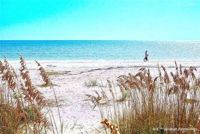 "Casa Bella ""B"" - 1 Bed / 1 Bath Condo - Sleeps 4 - STEPS TO THE BEACH - Image 1 - Fort Myers Beach - rentals"