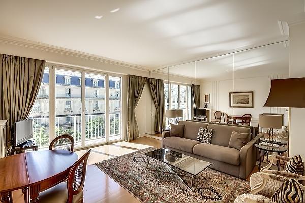 George V flat - Champs Elysees - George V - Paris - rentals