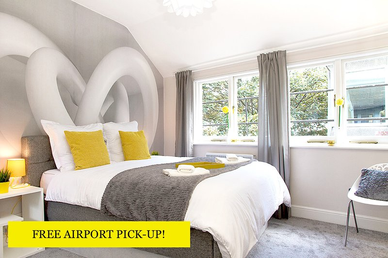 Promo is valid for arrival dates till April 30, 2017 only. - HELLOYELLOW! DESIGN HOUSE*2bd2bth*CLEAN*SAFE*3 FLOORS! - London - rentals