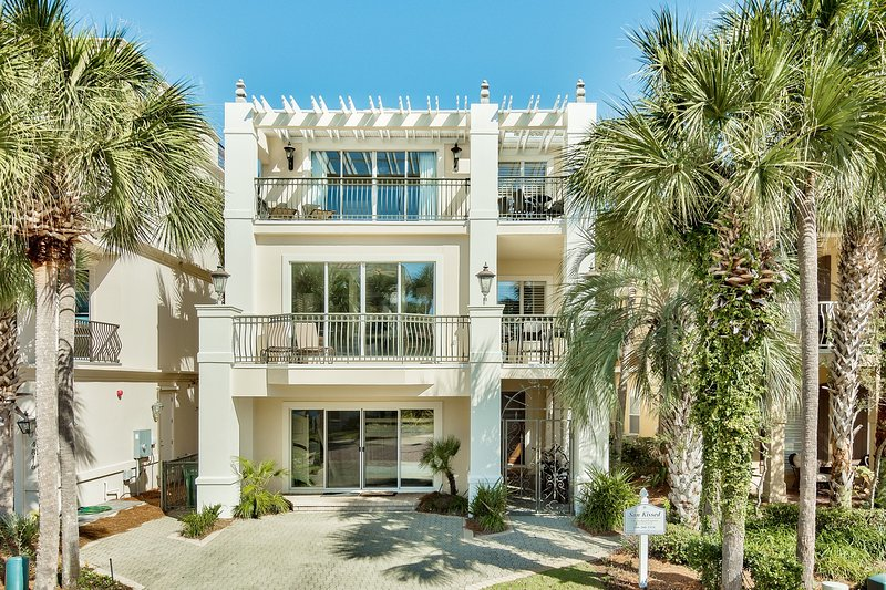 Son Kissed - Image 1 - Destin - rentals