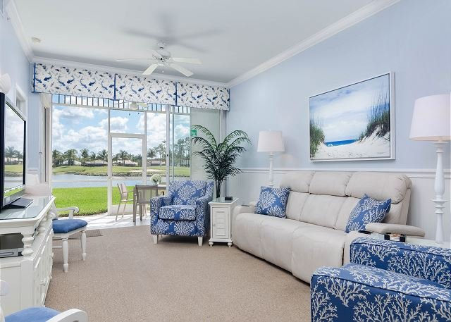 Living room with theater style recliner sofa - Greenlinks 1414 - Best View in Lely, Renovated Coastal Golf Villa! - Naples - rentals