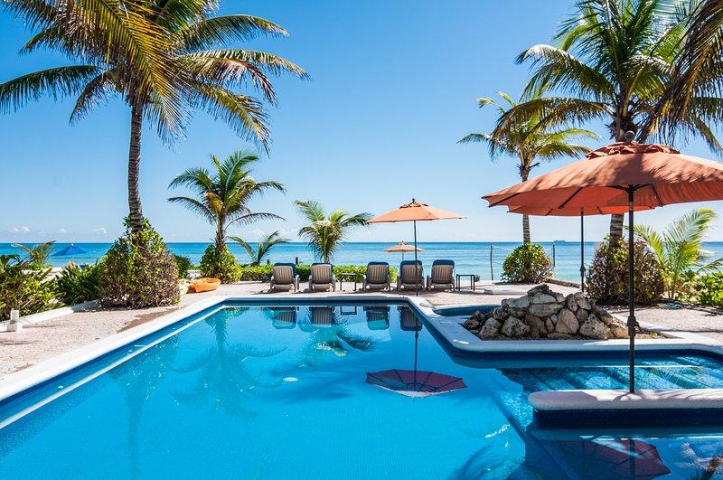 Villa Picon, Sleeps 6 - Image 1 - Playa del Secreto - rentals