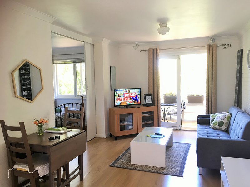 Beautiful Mount Lawley apartment 3km from CBD - Image 1 - Perth - rentals