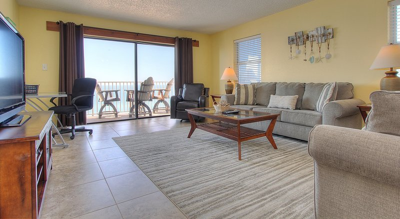 Teeming Vacation Rentals offers amazing views at Sea Breeze 608 in Madeira Beach - Sea Breeze 608 - Madeira Beach - rentals