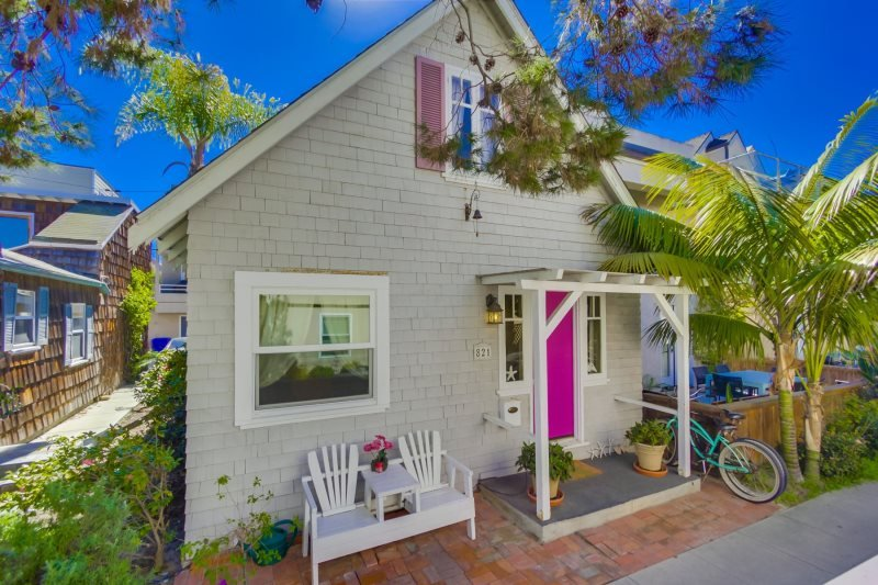 Robin`s Cottage: Walk to Sail Bay or Mission Beach - Image 1 - San Diego - rentals