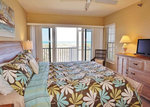 Newly decorated two bedroom with an unobstructed Gulf view - Image 1 - Cape Haze - rentals