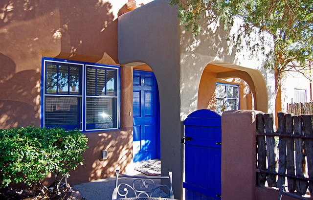 Cozy out door patio's on each casita.  - Casas de Guadalupe - Casita H - Your Home away from Home, walk to the plaza - Santa Fe - rentals