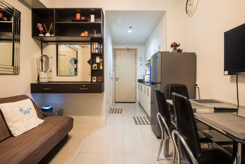 Condo at Sea Residences near Mall of Asia 721 - Image 1 - Pasay - rentals