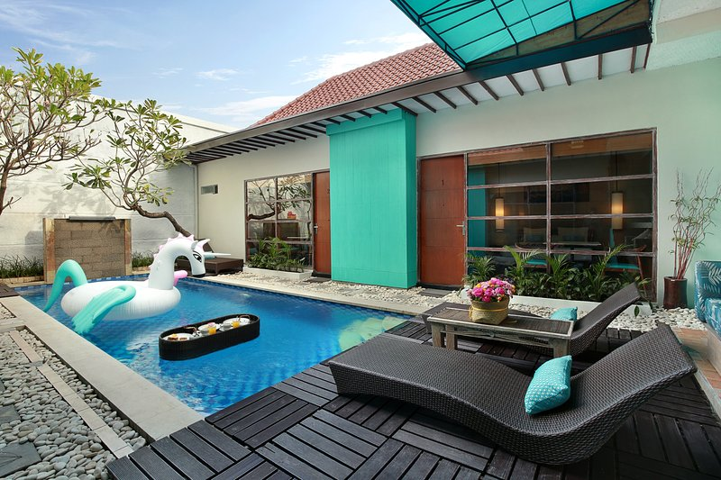 Family 5 Bedroom Pool Villa in Legian - Image 1 - Seminyak - rentals