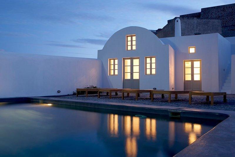 Blue Villas | Fabrica| Minimal design in Santorini - Image 1 - Pyrgos - rentals