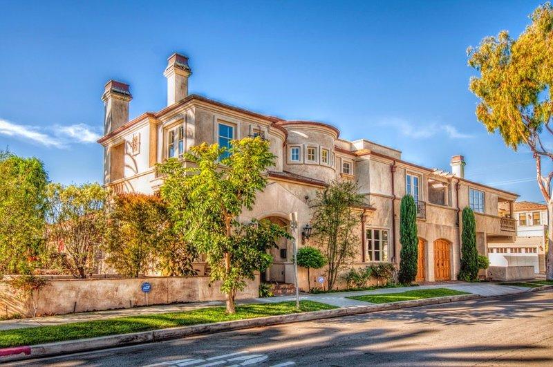 French Inspired Luxury Designer Beach Villa - Image 1 - Corona del Mar - rentals