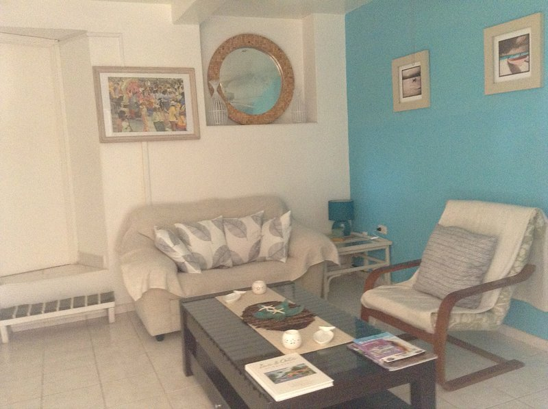 1 -Living Room area  - 1 Bedroom Apt. Private Pool, Patio Area &  Garden.Beaches within short walk. - Fitts - rentals