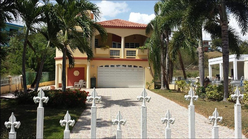 https://youtu.be/F0BKmzb7Weo - Villa Casa Maria (WIFI) 4100sq ft .Virtual Video available contact for details - Hatillo - rentals