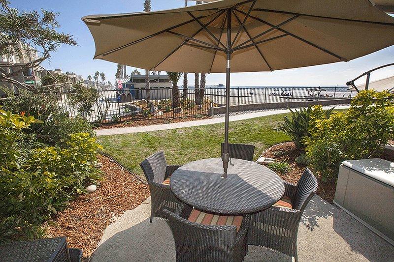 D7 - Palm Villa - Image 1 - Oceanside - rentals