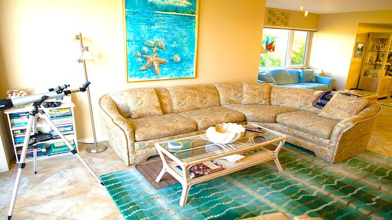 Lighthouse Pointe #223 Gorgeous Bay Front Views - Image 1 - Sanibel Island - rentals
