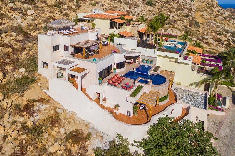 Casa Cascadas - 4 Bedrooms - Image 1 - Cabo San Lucas - rentals