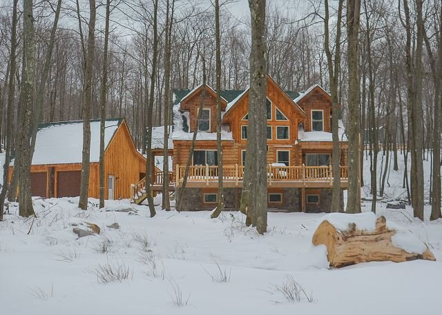 Brand New Log Home Near 2 Golf Courses - Image 1 - McHenry - rentals