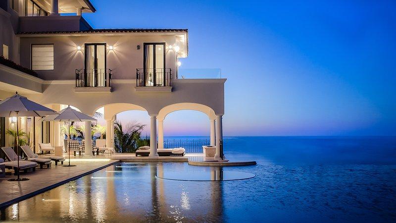Villa Paradiso Perduto, Sleeps 16 - Image 1 - San Jose Del Cabo - rentals