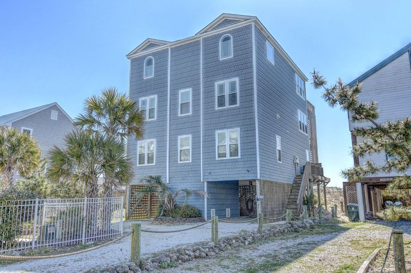 Main View - Island Drive 4384 Oceanfront! | Hot Tub, Jacuzzi, Elevator, Internet Discounts - North Topsail Beach - rentals